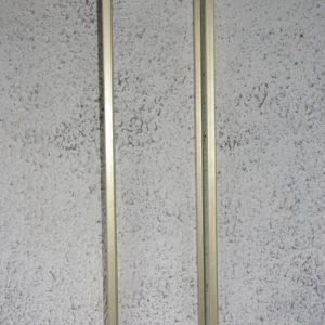 Metallist kuldne postament (100cm)