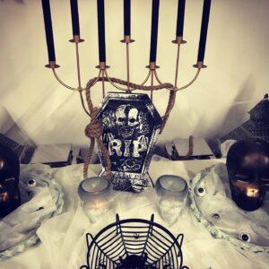 Dekoreeritud laud