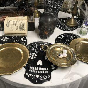 Dekoreeritud laud (ümmargune)